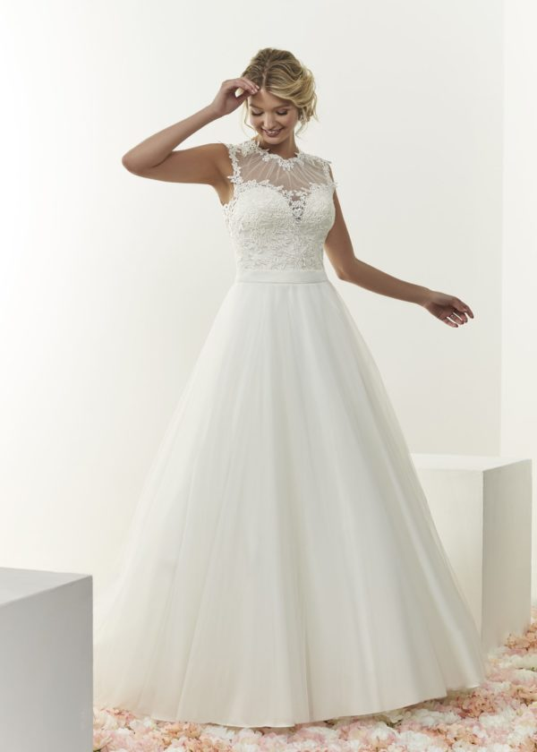 Harlow bridal gown by romantica